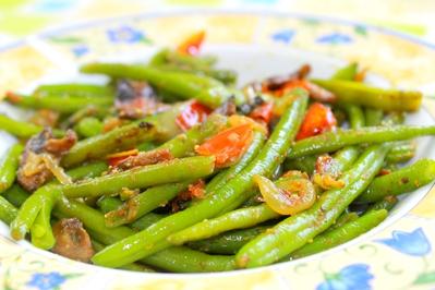 haricots verts aux légumes, curry et gingembre