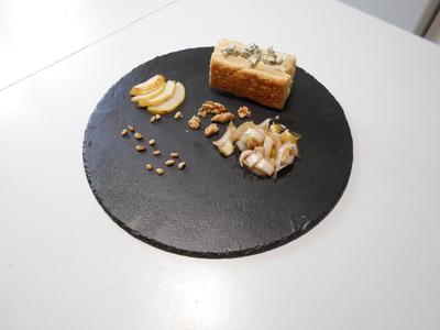 Millefeuille poire roquefort